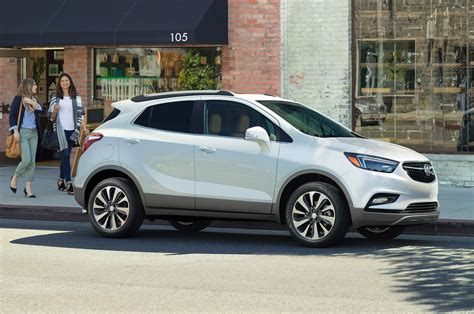 buick encore 2017 buick encore reviews and rating motor trend