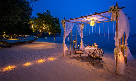 How To Make A Hotel Bed by Most Romantic Beach Restaurant Phuket Thavorn Beach