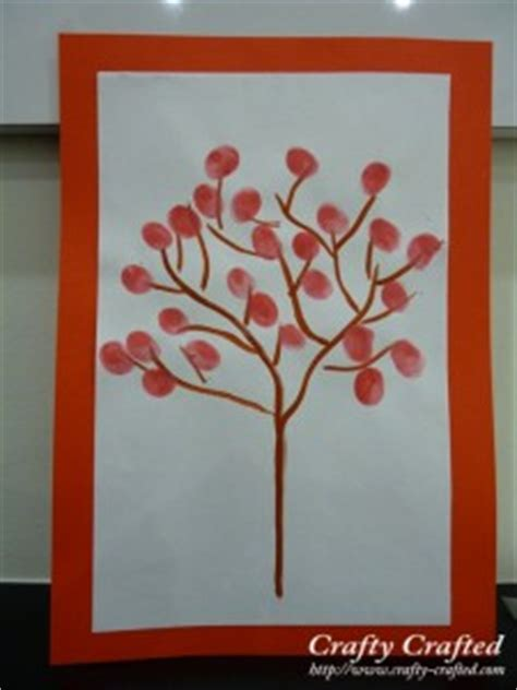 new year fingerprint tree incultureparent 5 crafts for the new year