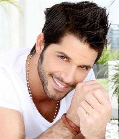 fotos hombres hermosos colombia lista los actores colombianos mas guapos