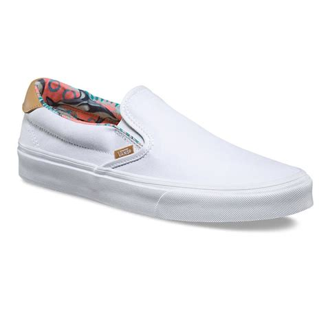 Wakai Slipon 1 sneakers vans slip on 59 c l dolphins true white