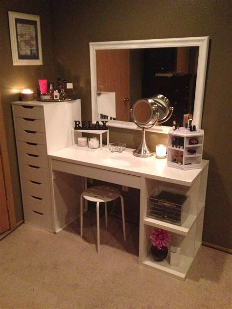 diy makeup vanity plans best 25 vanity makeup rooms ideas on pinterest makeup