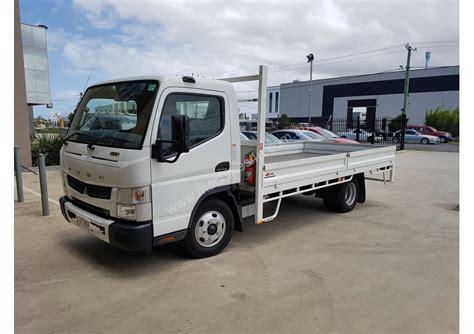 truck mitsubishi canter used 2016 mitsubishi fuso canter 615 tray truck in