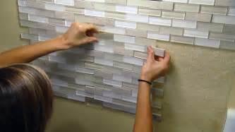 Self Adhesive Kitchen Backsplash Installing A Tile Backsplash Using A Self Adhesive Mat
