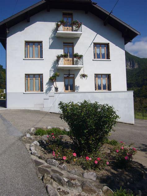 Hebergement Insolite Haute Savoie 1566 by Hebergement Insolite 224 Jorioz Lac D Annecy Location