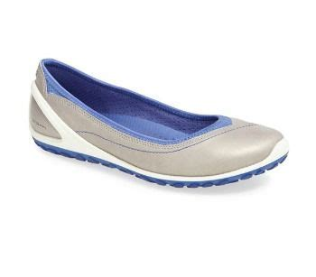 most comfortable ballet flats for walking best 25 walking shoes ideas on pinterest spring shoes