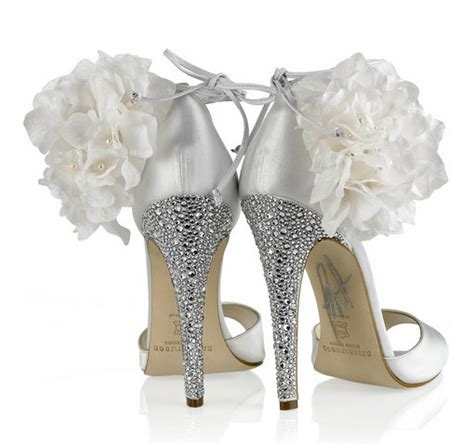 diy shoe wedding my brian atwood inspired 3 440 rhinestone shoes diy