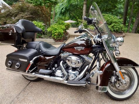 Harley Davidson Road King Classic For Sale by Page 60985 New Used Motorbikes Scooters 2011 Harley