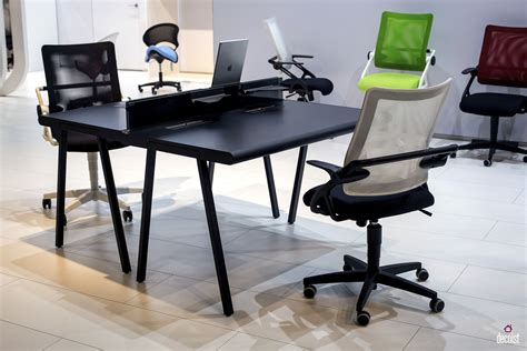 Fabulous Finds 15 Work Desks For A Trendy Home Office Work Desks For Home Office