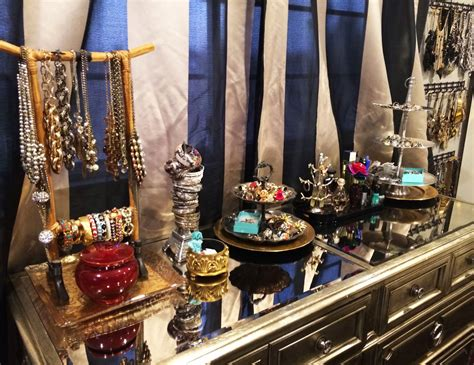 Top Of Dresser Organization by 32 Ways To Organize Your Stuff Perfectly In Daily Routine