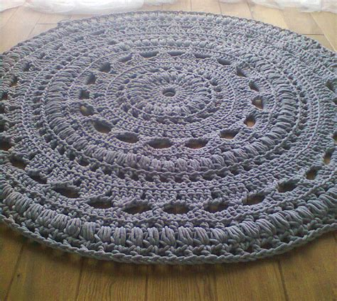 crochet rug pattern 25 unique tapis crochet ideas on diy crochet rug pattern diy crochet floor rug and