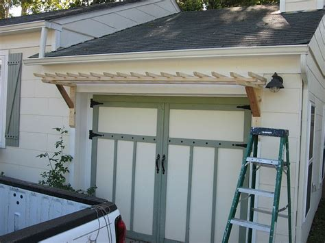 Garage Door Trellis by Pin By Diplacido On For The Home