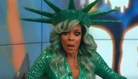 Wendy Williams Memes - welcome to the internet the wendy williams fainting