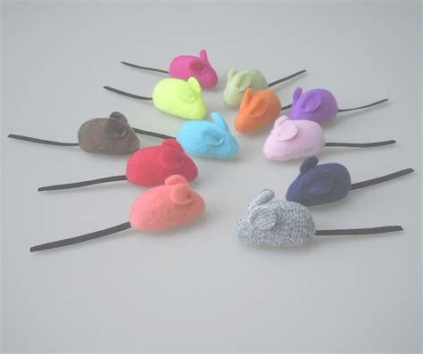 Handmade Cat Toys - the cat farm the finest handmade cat toys