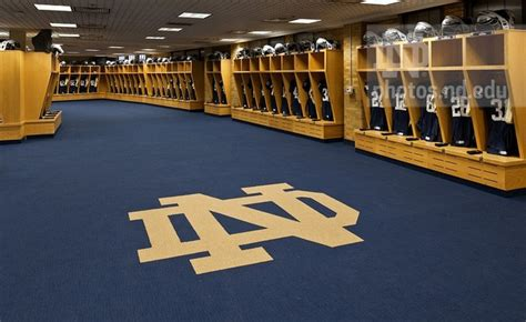 notre dame locker room notre dame football stadium locker cool pictures