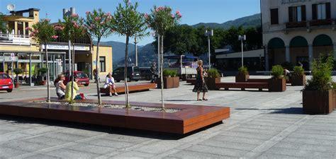 panchine design isola seduta arredo urbano harris metalco