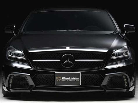 wald international mercedes cls 63 amg 8 wald creates a murdered out 2012 mercedes cls 63 amg carbuzz