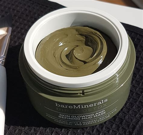 Bare Escentuals Detox Mud Mask by What S New From Bareminerals Fall 2016 Media Preview