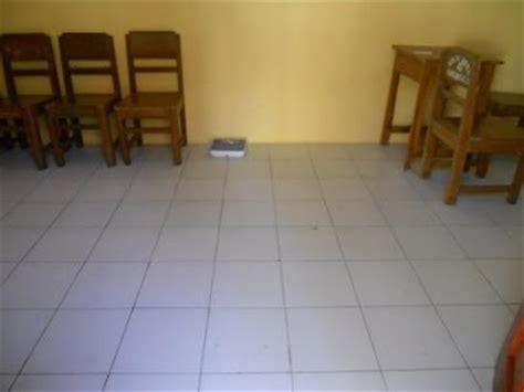 Merk Cat Tembok Motif Marmer harga lantai keramik rumah minimalis platinum dan