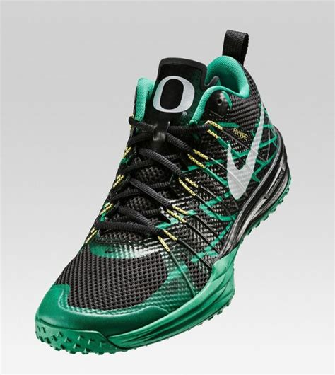 football team shoes nike unveils new lunar tr1 shoes featuring college