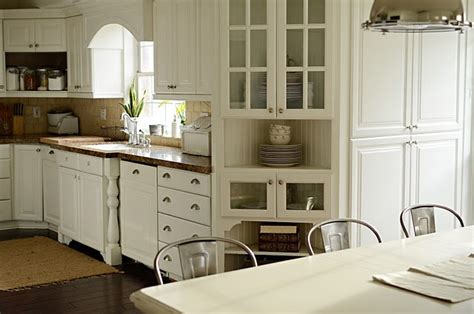 benjamin moore white dove kitchen cabinets 83 best images about kitchen cabinet colors on pinterest