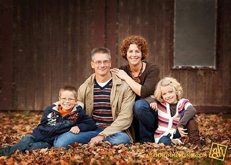 family of 4 photo ideas family of 4 posing idea upcoming ideas pinterest