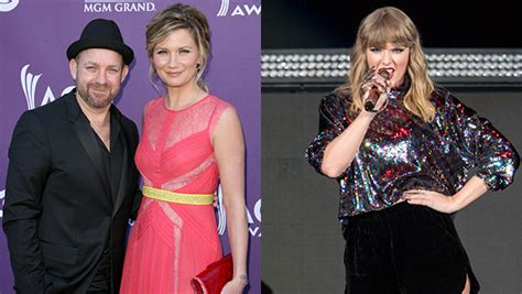taylor swift duet with country singer taylor swift returns to country music sugarland duet