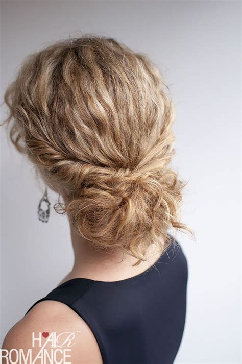 tuck in hairstyles curly hairstyle tutorial the twist tuck bun hair