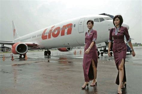 batik air 733 lion group livery gallery airline empires flickriver most interesting photos from indonesian flight