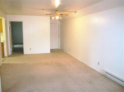 Daly City Room For Rent by Serra Commons Apartments Daly City Apartment For Rent
