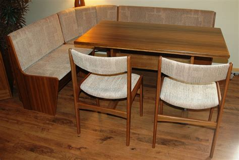 Corner Kitchen Table Sets by Some Styles Of Corner Kitchen Table For Small Space Silo