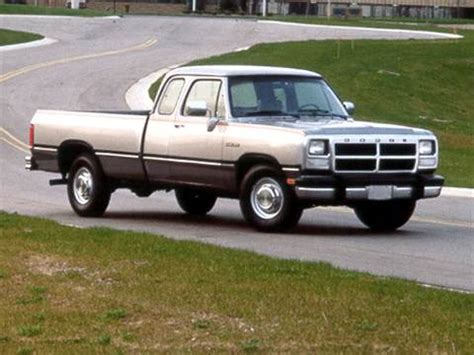 1992 dodge ramcharger pricing ratings reviews kelley blue book 1992 dodge d150 club cab pricing ratings reviews kelley blue book
