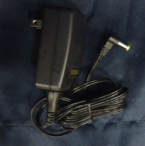 lemax spooky town ac power adaptor with 1 output jack 4 5v
