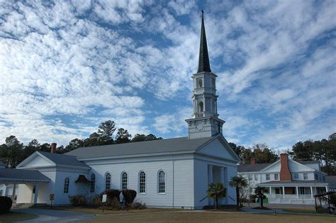 churches in richmond hill ga