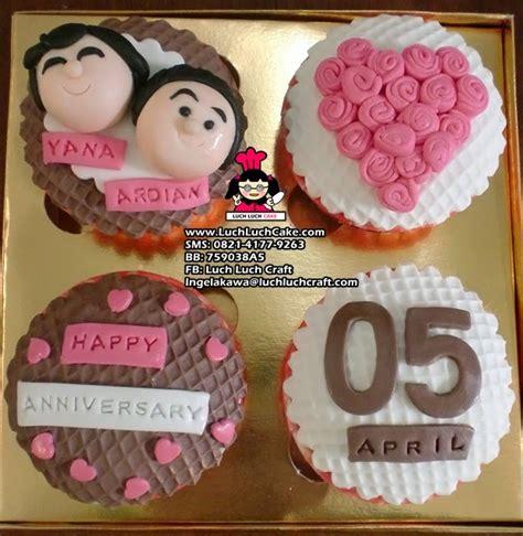 Cupcakes Birthday Pony Kue Ultah Anak 1 pin gambar kue ultah anak kartun icing genuardis cake on