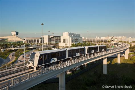 miami international airport mia mover system miami