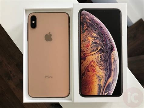 iphone xs max review bigger  betterbut   cost ya iphone  canada blog