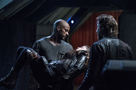 the 100 what will happen between the blakes in season 4