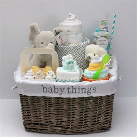Gift Baskets For Baby Shower by 25 Best Ideas About Baby Gift Baskets On Baby