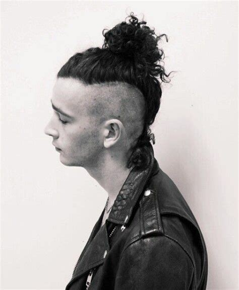 the 1975 matty hair styles 17 best images about the 1975 on pinterest lyrics my