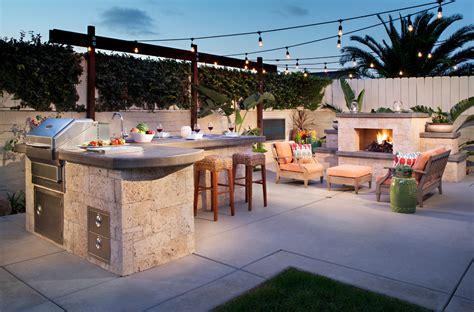22 Outdoor Kitchen Bar Designs Decorating Ideas Design Outside Patio Bar Ideas