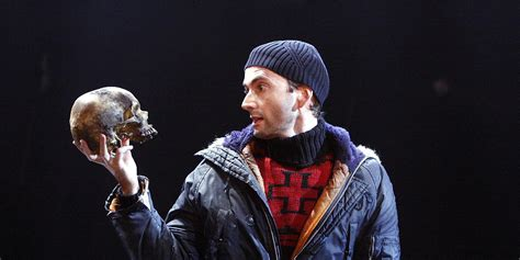 david tennant yorick david tennant on shakespeare live it s a little bit
