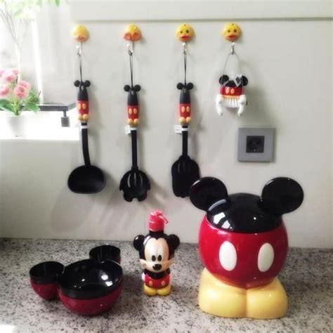 Mickey Mouse Kitchen Decor by De64392cd3f19764a9a7e9f5d4e8a268 Jpg 500 215 500 Pixels