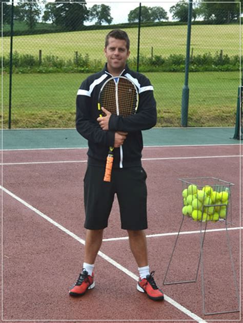 tenis couch tennis coach leeds joe jeynes tennis in leeds