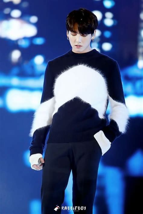 Hq 5778 Black Sweater Boy 1 sweater black fluffy bankran boys bts bts jungkook jungkook jumper bts sweater white
