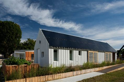 Gable House by Jetson Green Solar