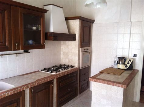 Cucine In Muratura Con Penisola by Cucine Con Penisola In Muratura Realizzate A Misura
