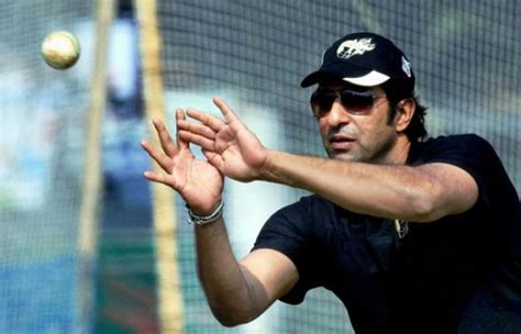 wasim akram swing swing king wasim akram to train sri lanka pacers such tv