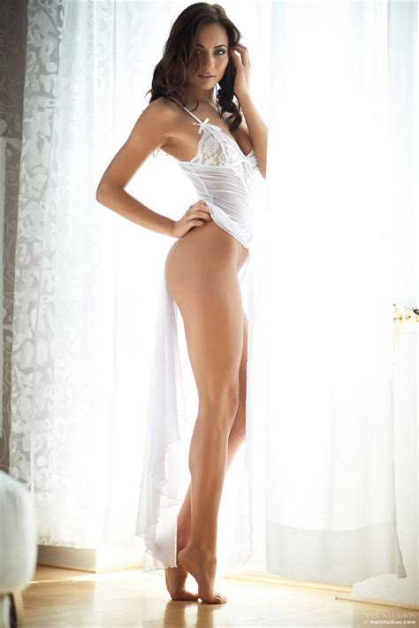 Roadmap To Beautiful Legs by Showing Grace With A Position Of Legs We