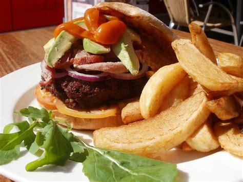 Beef Patties Burger Endura 1kg beef burgers handmade potato wedges recipe